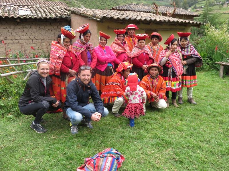 tours peru, Peruanen in Klederdracht